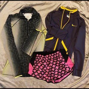 3 piece size small Nike bundle!!